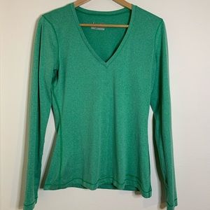 Under Armour Fitted green long sleeve top size M